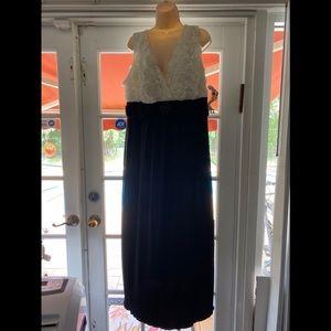 Enfocus BEAUTIFUL dress!!